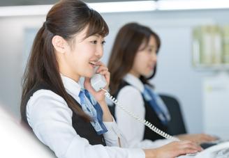 英語での電話/メール応対研修